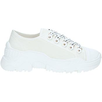 Παπούτσια Γυναίκα Χαμηλά Sneakers Gold&gold A19 GT728 λευκό