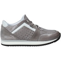 Παπούτσια Άνδρας Χαμηλά Sneakers Exton 558 Γκρί