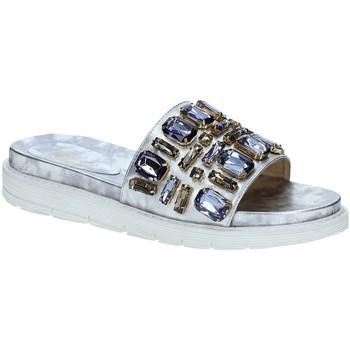 Παπούτσια Γυναίκα σαγιονάρες Byblos Blu 672101 Γκρί