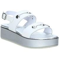 Παπούτσια Γυναίκα Σανδάλια / Πέδιλα Susimoda 285625-01 λευκό
