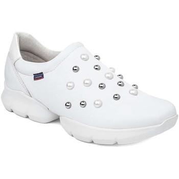 Παπούτσια Γυναίκα Slip on CallagHan 18701 λευκό