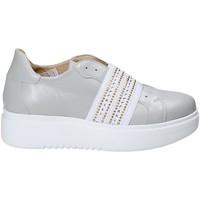 Παπούτσια Γυναίκα Slip on Exton E05 Γκρί