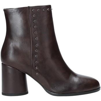 Παπούτσια Γυναίκα Μποτίνια Stonefly 212165 καφέ