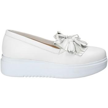 Παπούτσια Γυναίκα Slip on Exton E01 λευκό