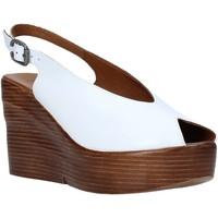 Παπούτσια Γυναίκα Σανδάλια / Πέδιλα Bueno Shoes Q6100 λευκό