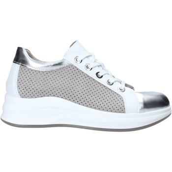 Xαμηλά Sneakers Comart 5C3427