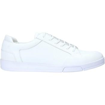 Παπούτσια Άνδρας Χαμηλά Sneakers Calvin Klein Jeans F1854 λευκό