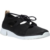 Παπούτσια Γυναίκα Χαμηλά Sneakers Clarks 26135292 Μαύρος