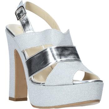 Παπούτσια Γυναίκα Σανδάλια / Πέδιλα Esther Collezioni ELE 084 Ασήμι