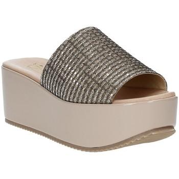 Παπούτσια Γυναίκα Τσόκαρα Grace Shoes MILY Μπεζ