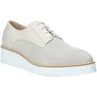 Παπούτσια Γυναίκα Derby Nero Giardini P907701D λευκό