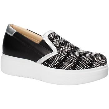 Παπούτσια Γυναίκα Slip on Exton E02 Μαύρος