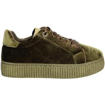 Παπούτσια Γυναίκα Χαμηλά Sneakers Pluspartout AFRODITE Πράσινος