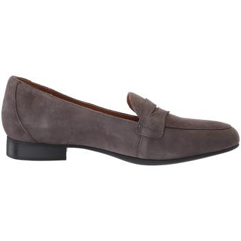Παπούτσια Γυναίκα Μοκασσίνια Clarks 135674 Γκρί
