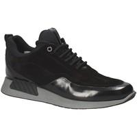 Παπούτσια Άνδρας Χαμηλά Sneakers Exton 162 Μαύρος