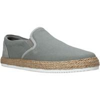 Παπούτσια Άνδρας Slip on Lumberjack SM27602 001 M13 Γκρί