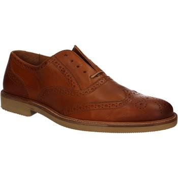 Παπούτσια Άνδρας Derby Maritan G 140672 καφέ