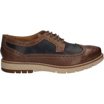 Παπούτσια Άνδρας Derby Keys 3047 καφέ