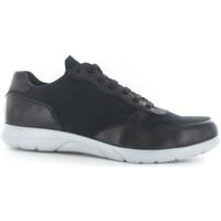 Παπούτσια Άνδρας Χαμηλά Sneakers Stonefly 108608 Μαύρος