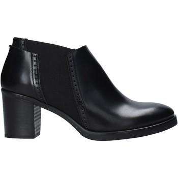 Παπούτσια Γυναίκα Χαμηλές Μπότες Mally 5400 Μαύρος