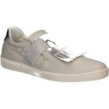 Παπούτσια Γυναίκα Slip on Keys 5058 λευκό