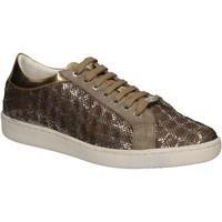 Παπούτσια Γυναίκα Χαμηλά Sneakers Keys 5052 Χρυσός