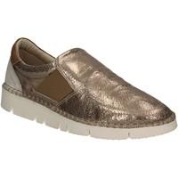 Παπούτσια Γυναίκα Slip on Mally 5708 Χρυσός