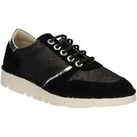 Παπούτσια Γυναίκα Χαμηλά Sneakers Mally 5938 Μαύρος