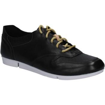 Παπούτσια Γυναίκα Χαμηλά Sneakers Clarks 123799 Μαύρος