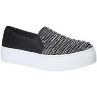 Παπούτσια Γυναίκα Slip on Fornarina PE17RY1111S000 Μαύρος