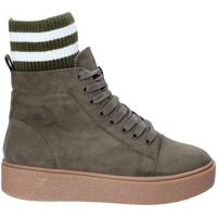 Παπούτσια Γυναίκα Ψηλά Sneakers Fornarina PI18HR1128S083 Πράσινος