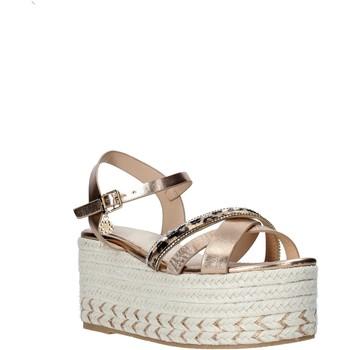 Παπούτσια Γυναίκα Εσπαντρίγια Gold&gold A20 GK52 Μπεζ