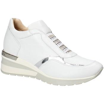 Παπούτσια Γυναίκα Χαμηλά Sneakers Exton E07 λευκό