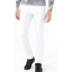 Υφασμάτινα Άνδρας Παντελόνια Πεντάτσεπα Antony Morato MMTR00372 FA800060 λευκό