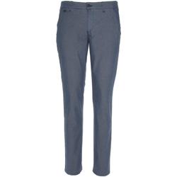 Υφασμάτινα Άνδρας Παντελόνια Chino/Carrot NeroGiardini P870106U Μπλε