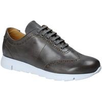 Παπούτσια Άνδρας Χαμηλά Sneakers Exton 333 Γκρί