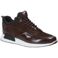 Παπούτσια Άνδρας Χαμηλά Sneakers Exton 162 καφέ