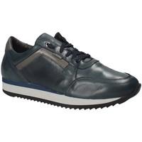 Παπούτσια Άνδρας Χαμηλά Sneakers Exton 558 Μπλε