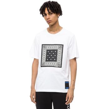 Υφασμάτινα Άνδρας T-shirt με κοντά μανίκια Calvin Klein Jeans J30J309593 λευκό