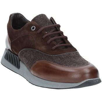 Παπούτσια Άνδρας Χαμηλά Sneakers Exton 161 καφέ