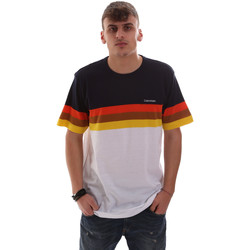 Υφασμάτινα Άνδρας T-shirt με κοντά μανίκια Calvin Klein Jeans K10K104375 λευκό