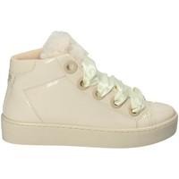 Παπούτσια Γυναίκα Ψηλά Sneakers Guess FLURL3 PAF12 Μπεζ