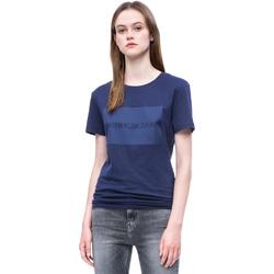 Υφασμάτινα Γυναίκα T-shirt με κοντά μανίκια Calvin Klein Jeans J20J207949 Μπλε