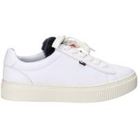 Παπούτσια Γυναίκα Χαμηλά Sneakers Tommy Hilfiger EN0EN00377 λευκό