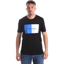 Υφασμάτινα Άνδρας T-shirt με κοντά μανίκια Calvin Klein Jeans K10K103497 Μαύρος