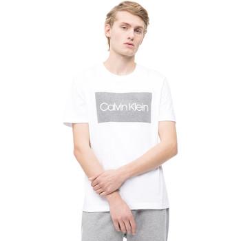 Υφασμάτινα Άνδρας T-shirt με κοντά μανίκια Calvin Klein Jeans K10K103654 λευκό