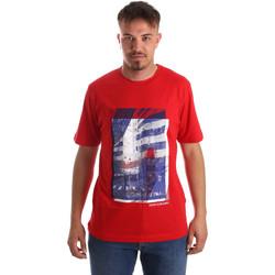 Υφασμάτινα Άνδρας T-shirt με κοντά μανίκια Calvin Klein Jeans J30J312285 το κόκκινο
