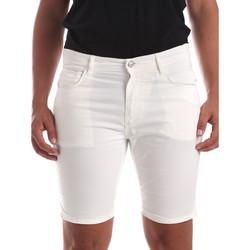 Υφασμάτινα Άνδρας Σόρτς / Βερμούδες Antony Morato MMSH00140 FA800109 λευκό
