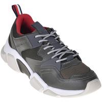 Παπούτσια Άνδρας Χαμηλά Sneakers Tommy Hilfiger FM0FM02148 Πράσινος