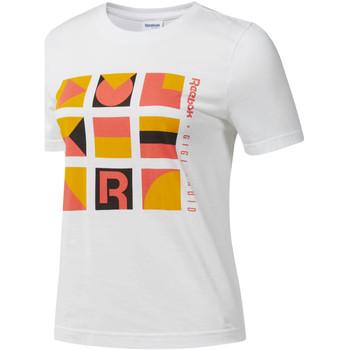 Υφασμάτινα Γυναίκα T-shirt με κοντά μανίκια Reebok Sport DY9368 λευκό